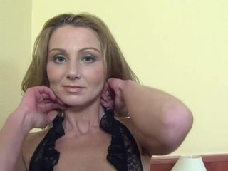 joachim kessef fucked a blond cougar in her ass
