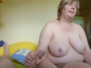 Granny not far from say no to pinch pennies handjob cum