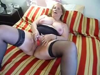 Horny Chubby Mature orgasms from toy