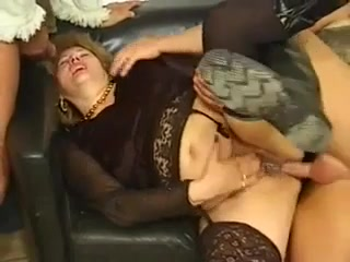 HUNGARIAN BBW GRANNY LOTTA NOLETTY GANGBANGED
