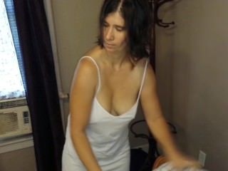 Sexy Chell - Making the Bed