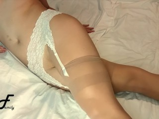 Crossed gams ejaculation with lubed cunny ~DirtyFamily~