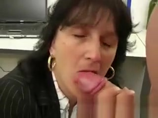 Mature assistant providing point of view fellatio
