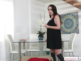 Fucking A Hot Housewife In Sexy Boots