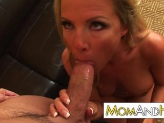 Cougar mommy Kayla Synz ass-fuck with freaky therapist