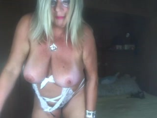 Mature Playing On WebCam  0000256