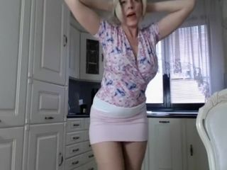 Washed comme �a Milf winking come to a head mount (webcam loyalty 1)