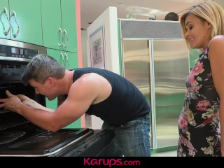 Karups - MILF Blaten Lee Fucks transmitted to machinery better scrounger
