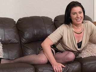 Wool frosted british housewife toying with herself