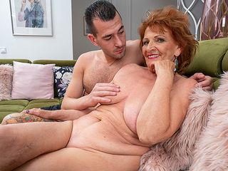 Kinky grannie bj's her toyboy's pink cigar and gets her gash thumped