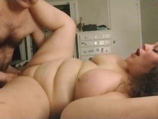 Gnawing away big Pussy