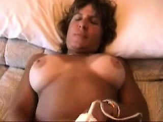 Wife rookie mother homemade finger Bernita from 1fuckdatecom