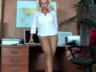 Office blonde has fantastic legs