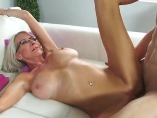 milf's pussy filled with cum