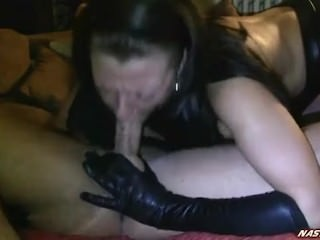 hot wife shows her throat skills