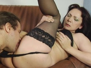 Cunt licking of a hot mature brunette by a young boy
