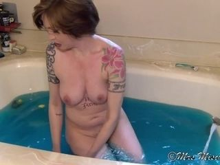 Bath romp chat with Stepmother - Mrs Mischief taboo mother point of view