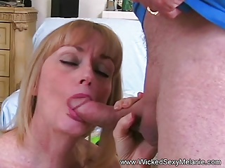 Amateur MILF Enjoys Her Fantasy