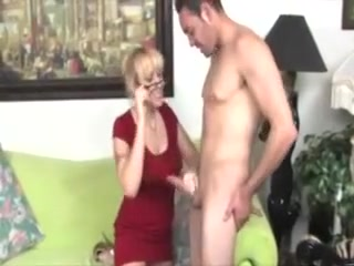 Super-fucking-hot cougar Tuggin chisel And lovin' It With highly successful fellow