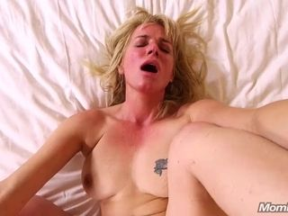 Sizzling ass romping romping a nasty congenital bra-stuffers unexperienced cougar