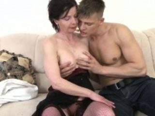 Mature ma getting banged by her to Jordan from 1fuckdatecom
