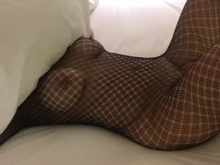 Wifey play's with her beau, as spouse see in motel
