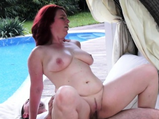 Redhead cougar fucked outdoors