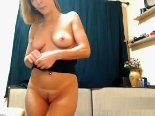 Superhot cougar web cam fake penis display