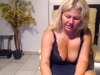 come2mom amateur video 06/20/2015 from chaturbate