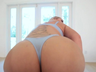 Big-chested cougar step-mother gave a super-fucking-hot introduce to youthfull son-in-law