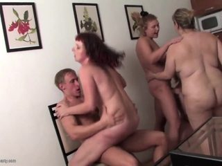 Lucky boy fucks 4 mature not his moms in da house