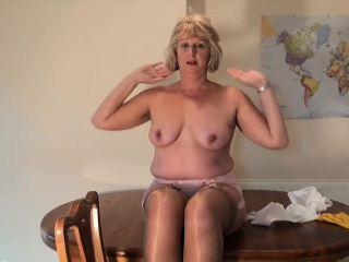 Erna from kinkyandlonelycom - Mature english elspeth