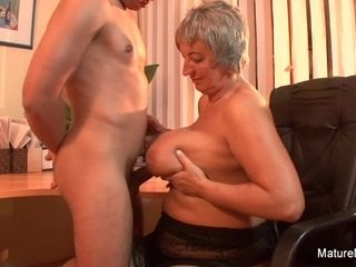 Mature plus-size Takes A flow On Her ginormous all-natural breasts - Mature'NDirty
