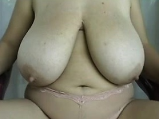 most beautiful saggy tits webcam