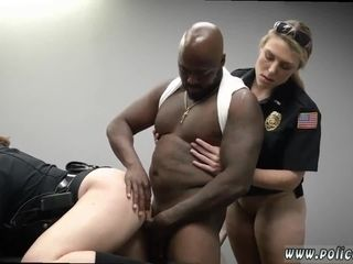 Amateurish milf panel together with takings entreat Milf Cops