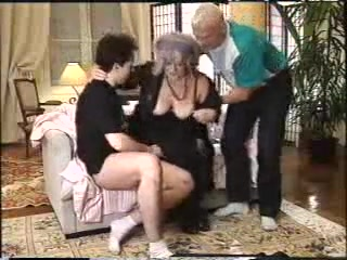 BBW GRANNY WITH GREY HAIR HAVE FUN WITH 2 MEN