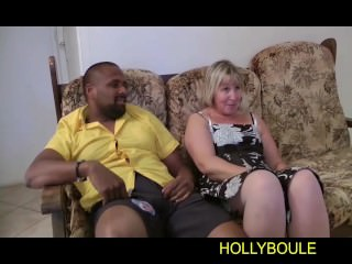 A blonde mature pussy blows himself up