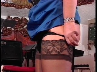 Wench in nylons receives butt spanked