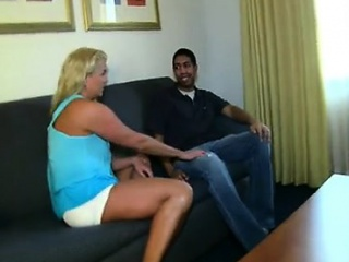 Some fucking is badly needed by sexy mom