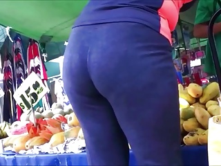 GILF AT THE FRUIT STAND