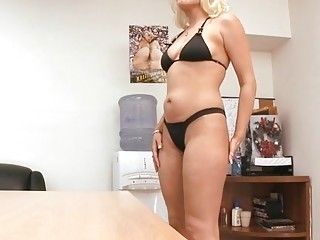 Mother id like to fuck likes hard drilling