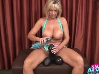 Hump-hungry Alysha takes enormous hump fucktoys into her muff