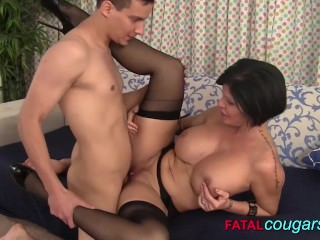Cougar get those big tits fucked
