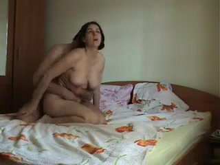 mature brunet fiucked in my room