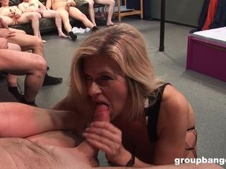 Housewife stuffed by plump pervs